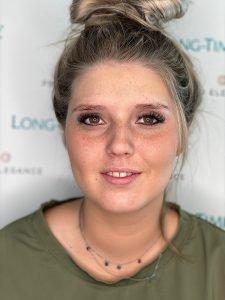 Dunne wenkbrauwen omtoveren tot volle wenkbrauwen met permanente make-up